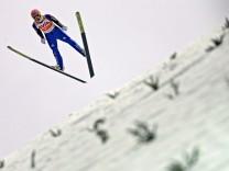 Weltcup-Auftakt der Skispringer