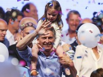 Mauricio Macri of Cambiemos wins Argentine presidential run-off