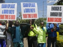 Kenyan athletes occupy Athletics Kenya HQ to protest