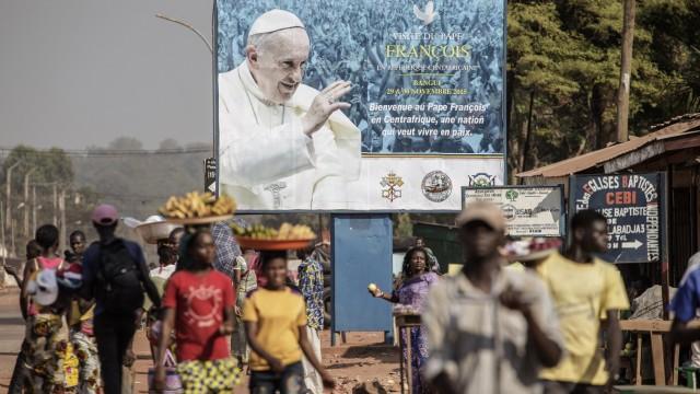 Papst-Reise Reise durch drei Länder