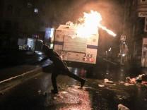 Türkei: Gewaltsame Proteste nach Tod von kurdischem Menschenrechtsanwalt