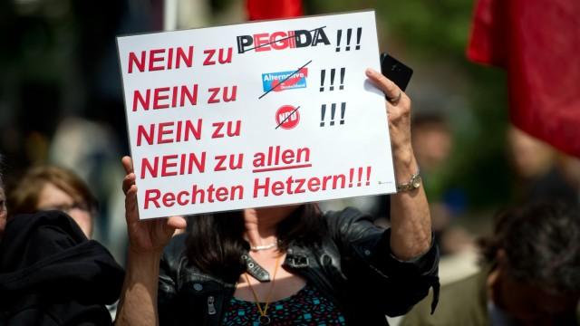 Demontration gegen Pegida in Stuttgart