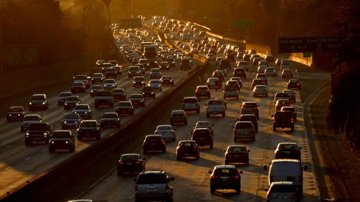 Stau auf einem Highway in den USA