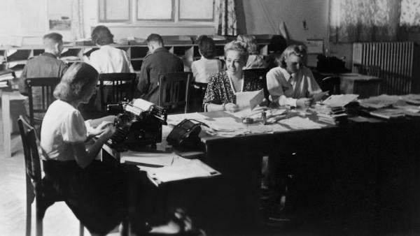 Schreibstube des Soldatensenders Belgrad, 1942