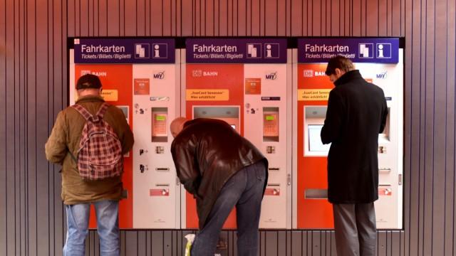 Modernisiertes Sperrengeschoß unter dem Marienplatz in München, 2015