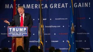 Donald Trump hält Rede am Pearl Harbor Day auf der USS Yorktown