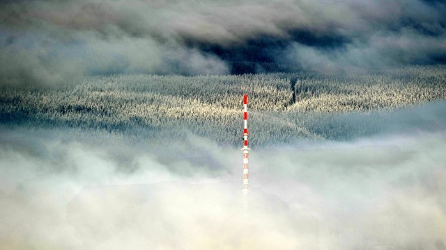 Stratoswolken über dem Thüringer Wald