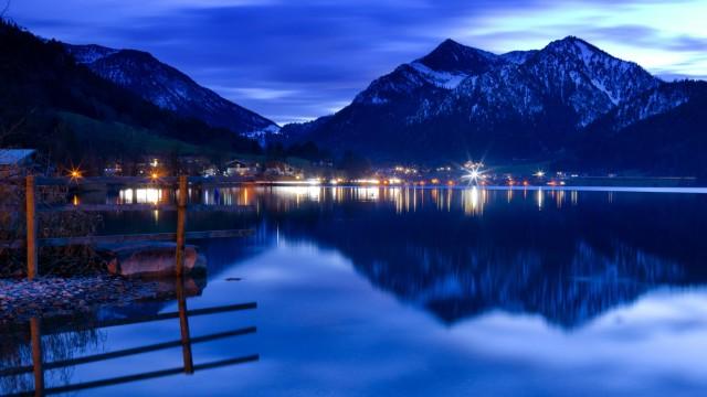Schliersee: Winterliche Abendstimmung am Schliersee