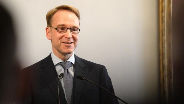 Jens Weidmann erhaelt Hayek-Preis 2015