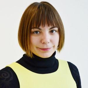 Portrait  Lena Jakat