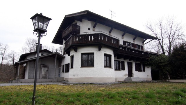 Feldafinger Gemeinderat besichtigt Albers-Villa