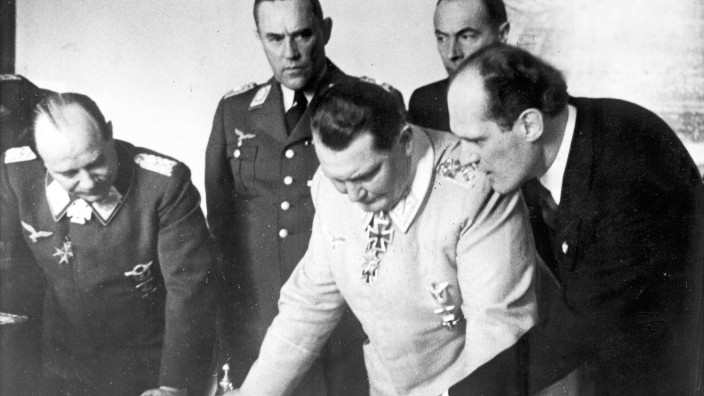 Udet, Bodenschatz, Göring mit Willy Messerschmitt