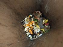 Biomüll-Tonne - aus Bio-Abfall lässt sich leicht umweltfreundliche Energie gewinnen.