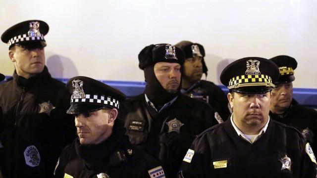 Frau Polizeibeamtin Schwarze Nicht nur