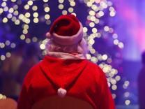 Frank Zanders Weihnachtsfeier für Obdachlose und Bedürftige