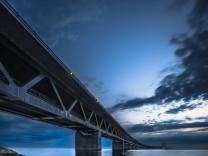 Öresundbrücke Øresundsbroen weltweit längste Schrägseilbrücke Verbindung Kopenhagen mit Malmö Dä