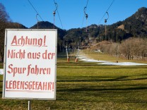 Brauneck - Abfahrt - Schneekanone