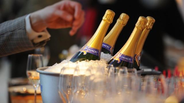 Bläschen mit Kultstatus - Champagner in der Hochsaison