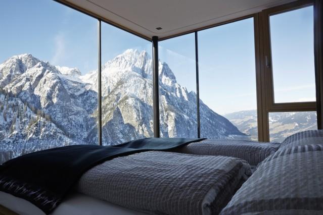 Dolomitenhuette in den Lienzer Dolomiten; Dolomitenhütte (wird nach Anstrich bezahlt - Rechnung anfragen, wenn geklärt ist, wieviele Motive wir zeigen - contact@ennokapitza.de )