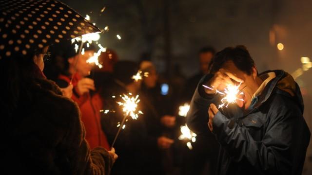 Freizeit in München und Bayern Feuerwerk an der Isar