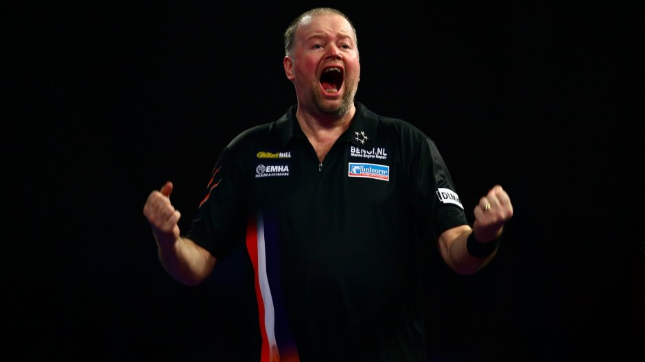 Raymond van Barneveld bei den 2016 William Hill PDC World Darts Championships