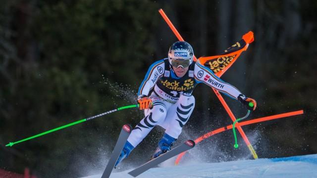 Groeden 19 12 2015 Saslong Groeden ITA FIS Ski Weltcup Herren Abfahrt Siegerehrung im Bild T; Thomas Dreßen