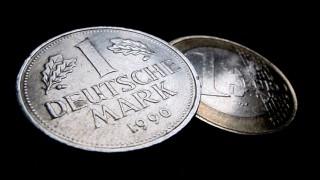 Der Deutschen Geliebte D Mark Geld Süddeutschede