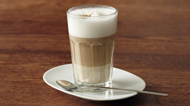 Latte macchiato on table PUBLICATIONxINxGERxSUIxAUTxHUNxONLY STKF000616; coffee