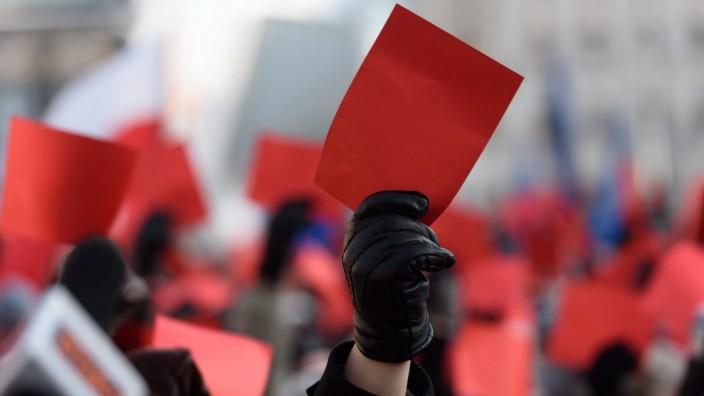 Demonstration in defense of democracy