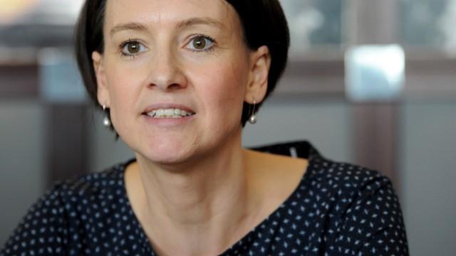 Claudia Bogedan