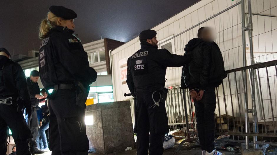 Hauptbahnhof Köln - Polizei