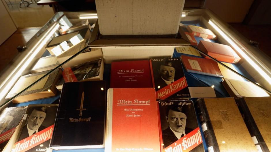 """""""Mein Kampf"""" - Präsentation der kritischen Edition in München"""