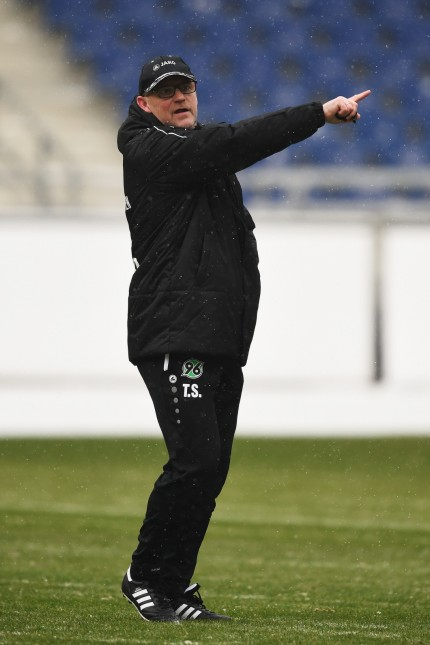 Hannover 96 Unveils New  Signing Head Coach Thomas Schaaf