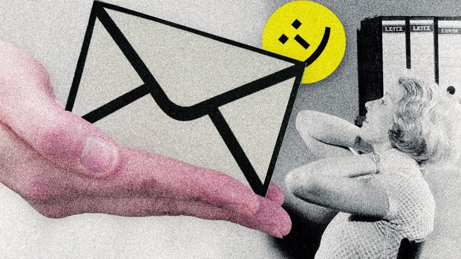 Mails bei der Arbeit