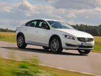 Volvo S60 Cross Country unterwegs