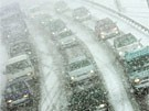 Schneetreiben verursacht Verkehrschaos (Bild)