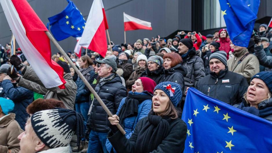 Polen Umstrittene Gesetzgebung