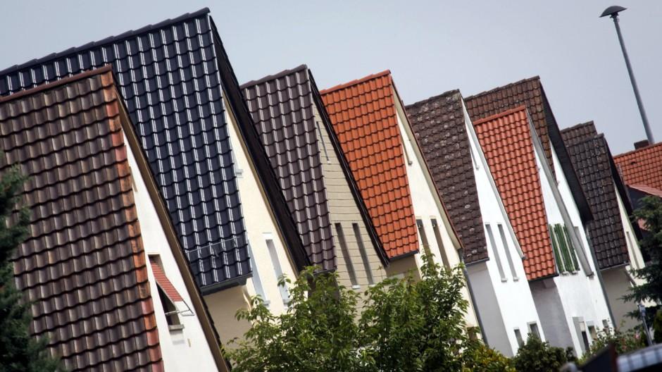 Sicherung von Dächern am Frankfurter Flughafen
