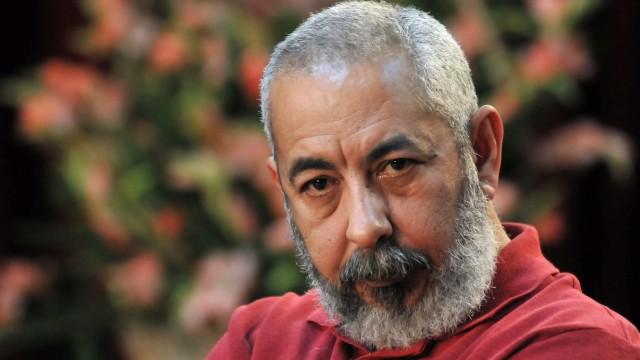 CUBAN WRITER LEONARDO PADURA PRESENTS THE FIRST EDITION OF HIS NO
