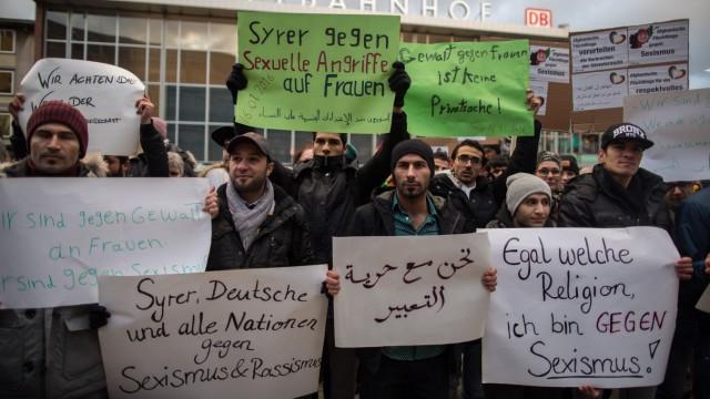 Syrische Flüchtlinge demonstrieren in Köln