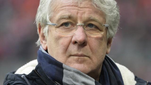 Portrait Porträt SKY Chefmoderator TV Moderator Marcel Reif FC Bayern München FCB gegen Borussia Mön