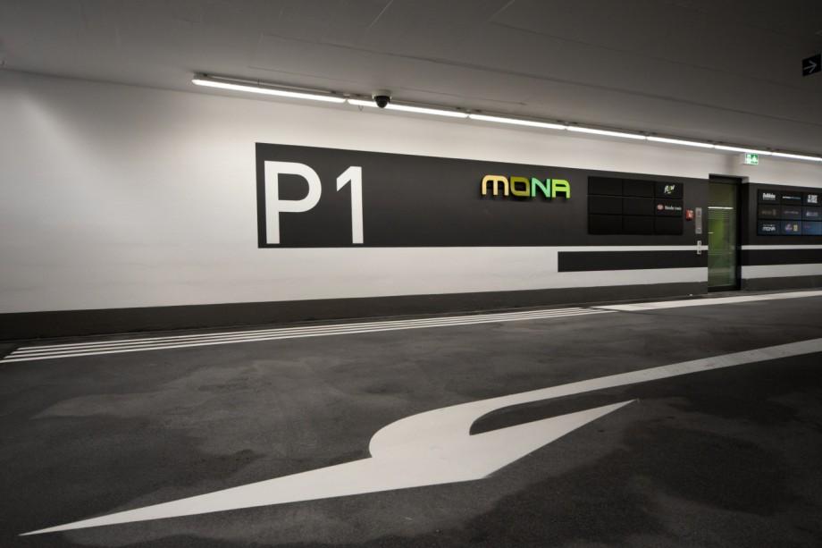 """Nahversorgungszentrum """"Mona"""" in München, 2014"""