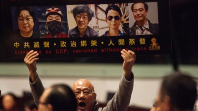 Hong Kong Chief Executive CY Leung delivers policy address