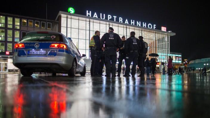 CDU und FDP beantragen Untersuchungsausschuss zu Silvesternacht