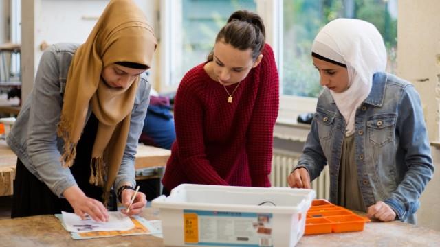Hauptschule mit zahlreichen Flüchtlingskinder