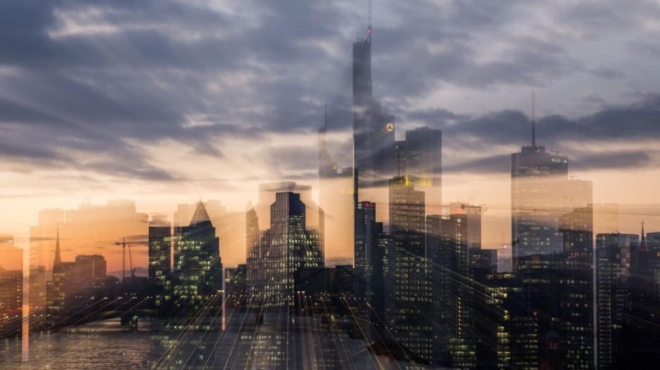 Banken - Skyline von Frankfurt am Abend