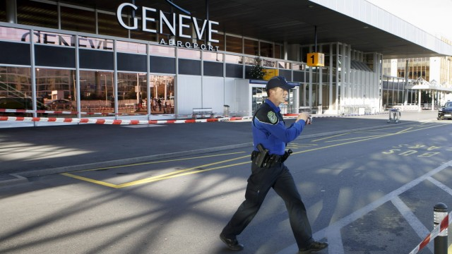 Swiss police continue search for terrorists in Geneva