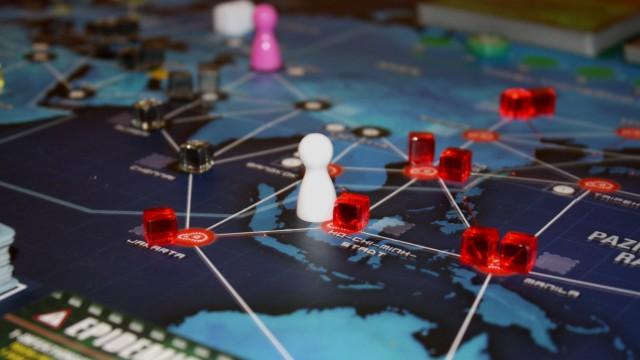 "Brettspiele ""Pandemie Legacy"""