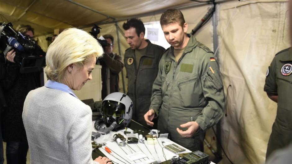 Einsatz der Bundeswehr Kampf gegen den IS