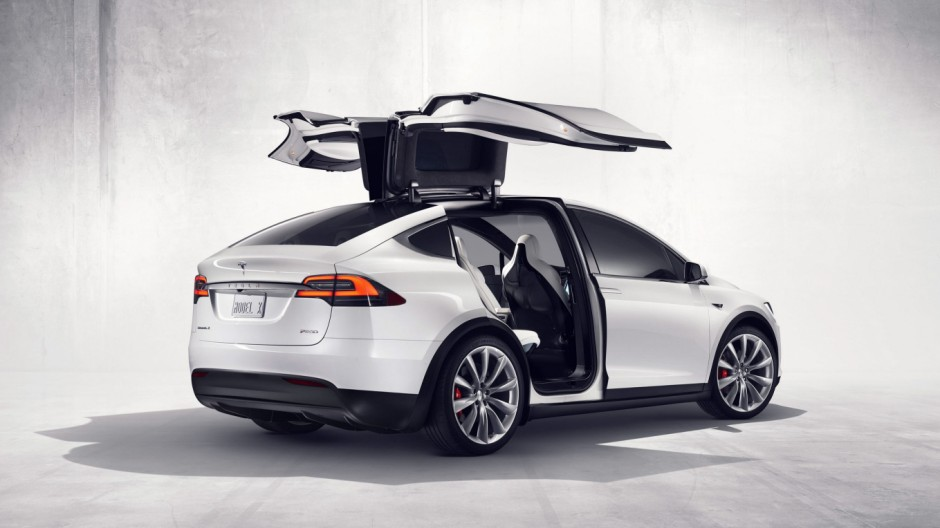 Tesla - first all-electric SUV Tesla Model X